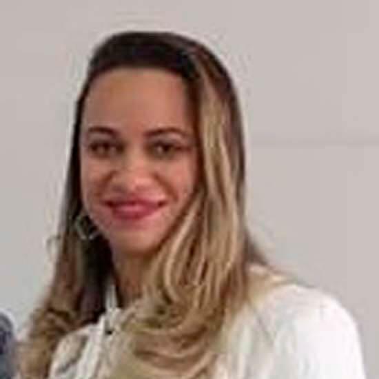 Saúde - Ariane Menegão