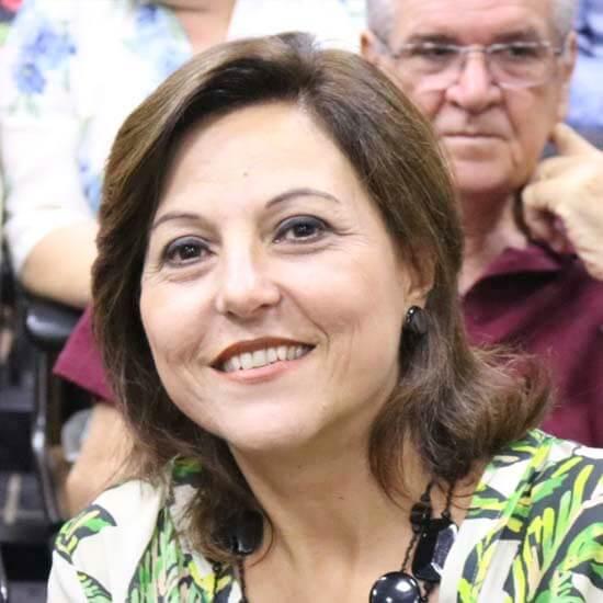 Educação Cristiane Pellegrini Rossi