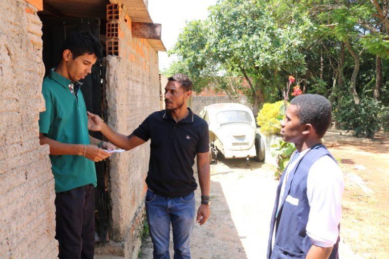 Regularização de terrenos do Sete Fogões: equipe do Cidade Legal inicia processo de cadastramento das moradias