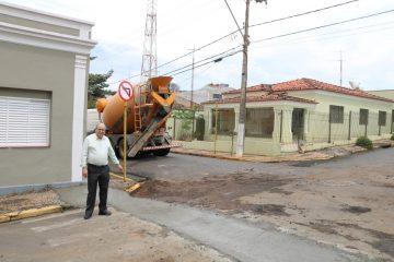Cruzamento entre ruas Conselheiro Gavião Peixoto e Marechal Deodoro da Fonseca recebe melhorias de trânsito