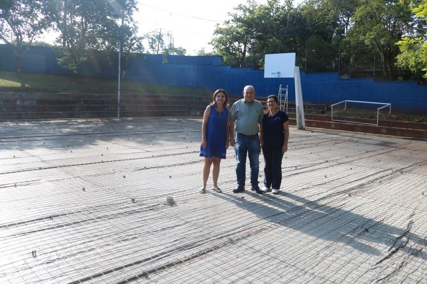 Escola Aurélio Sotto recebe colocação de piso na quadra poliesportivo
