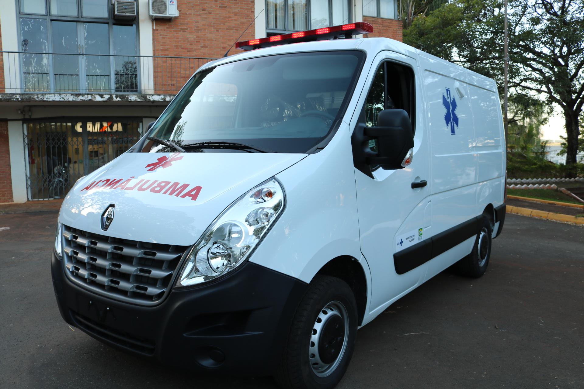 Prefeitura adquire nova ambulância para os serviços da saúde