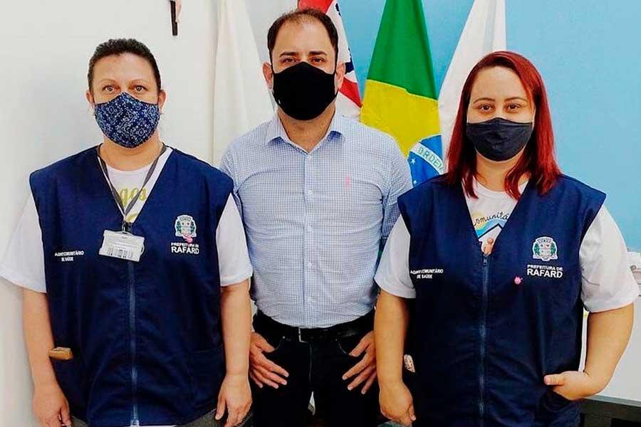 Prefeitura entrega de coletes de identificação aos agentes comunitários de saúde